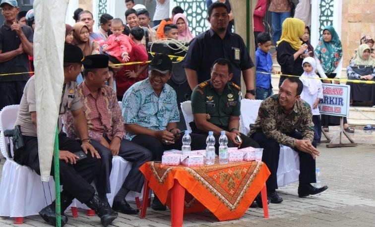 Hakim Pengawas MS Idi Pantau Pelaksanaan Eksekusi Cambuk | (6/12)